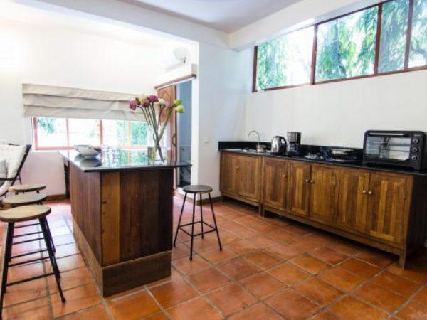 Spacious Serviced One-Bedroom Apartment Phnom Penh | YK Art House