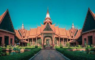 this is what the national museum in phnom penh looks like